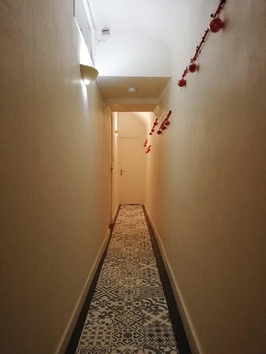 couloir gîte gite 6 personnes Cocottes & Colibri Châtellerault